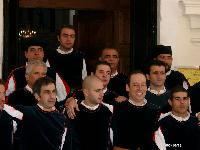 alcuni coristi il giorno del debutto del coro Monte Gonare