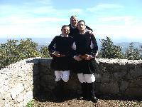 ritratto di tra coristi del coro Monte Gonare in custume tradizionale di Orani - anno 2006