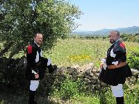 Antonio Murena e Gianfranco Borrotzu posano in costume tradizionale di Orani