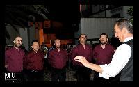Settore tenori primi del Coro Monte Gonare Boches in bichinadu 2013